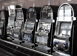 Bagaimana Menghitung Peluang Menang Bermain Judi Slot Online?