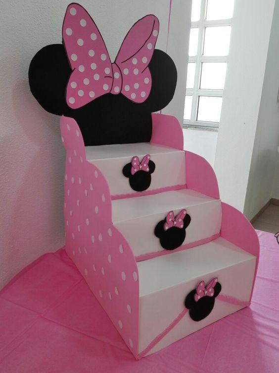 Fazer escada de doces para festa infantil passo a passo