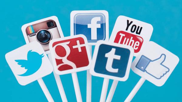 أحجام الصور المختلفة للإعلان والمنشورات على Facebook و Twitter و Instagram و youtube