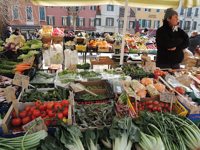 イタリア 野菜市場