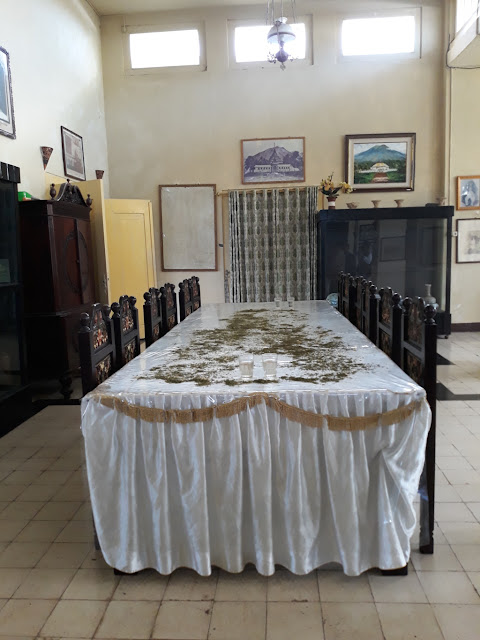 koleksi perlengkapan makan di kesultanan ternate