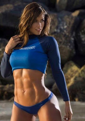 abs-six-pack-lady