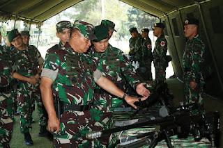 Cek Kesiapan Yonif Raider 303 Kostrad