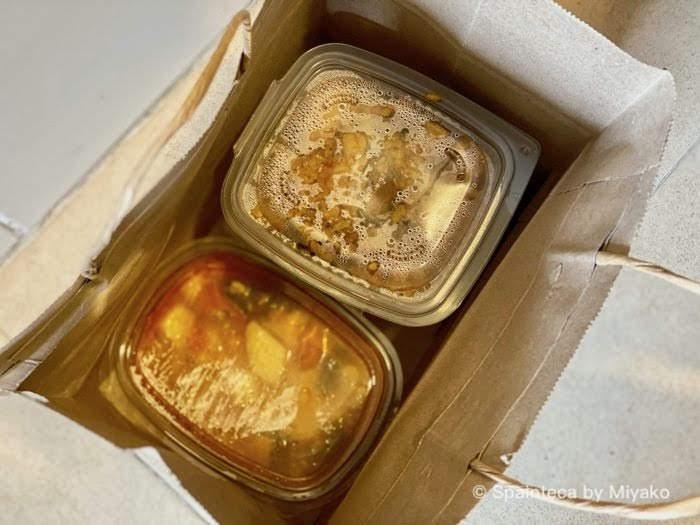 小パックで宅配されるパエリアと煮込み料理
