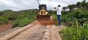 Prefeitura de Trizidela do Vale recupera ponte na zona rural do município