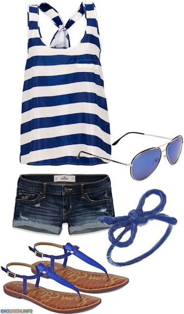 Mix trang phục dạo biển thật chuẩn