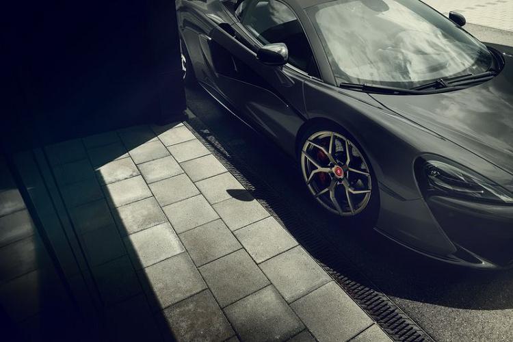 McLaren 666S độ từ Pogea Racing chính là 'hiện thân của quỷ dữ'