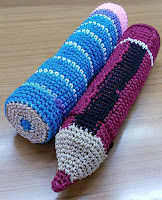 free crochet pattern, free crochet pencil box pattern, free crochet pencil pattern, free crochet crayon pattern, free crochet children toy pattern,