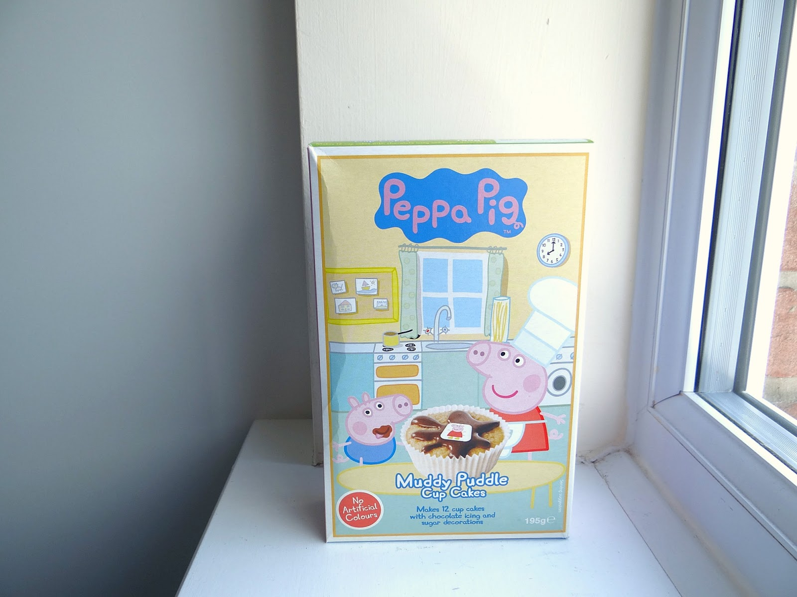 Peppa Pig Baking Kit, chocolate cupcakes kit for children, baking with young children