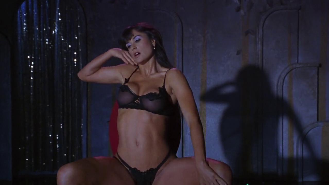 foto-demi-striptiz-utrenniy-seks-russkih-lyubitelskiy