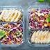 5.000 μερίδες φαγητού στη Θεσσαλονίκη από αλυσίδα που βάζει λουκέτο λόγω κορωνοϊού