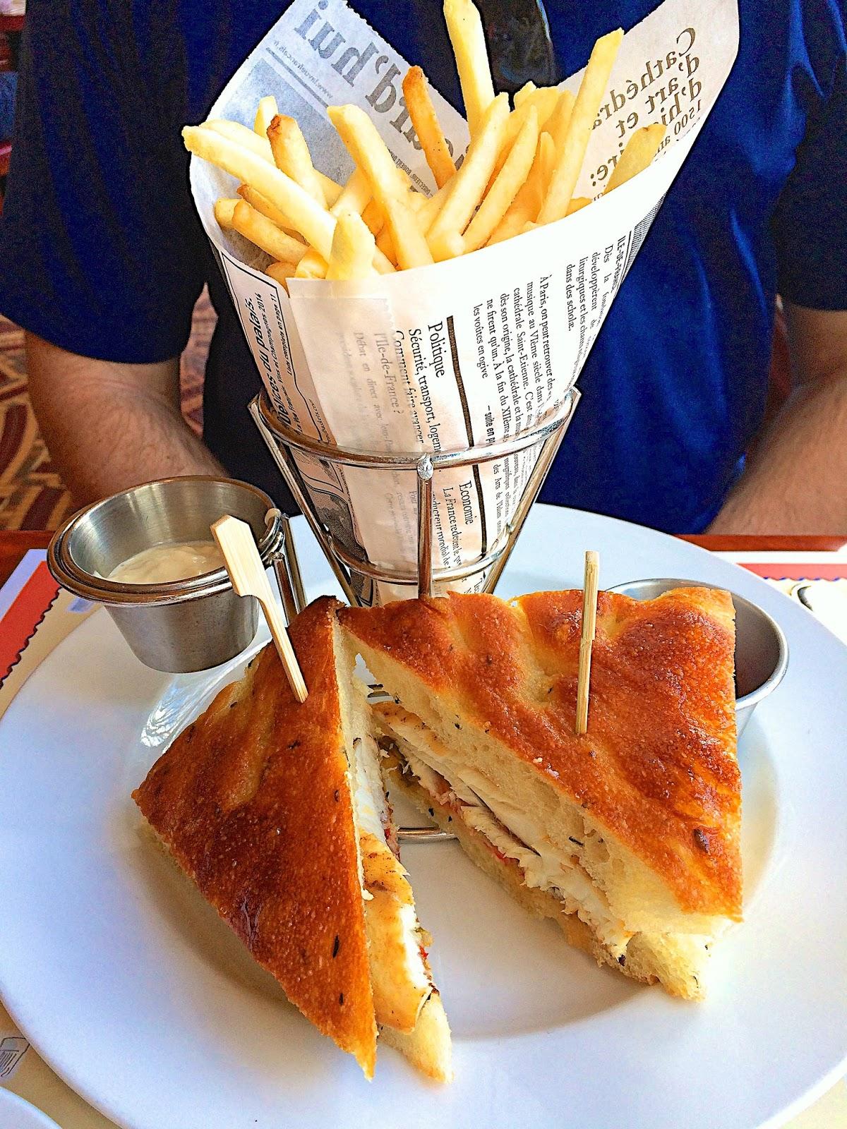 Mahi Mahi Sandwich - Les Chefs De France - Epcot - Walt Disney World