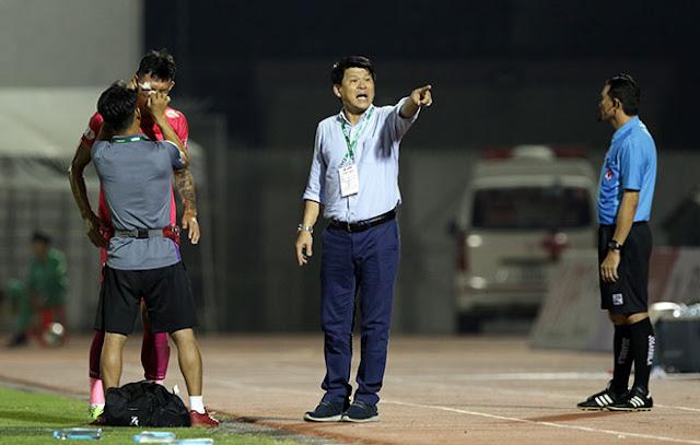 """Chuyện """"lạ"""" đội bóng có chủ tịch kiêm HLV trưởng ở V-League 2"""