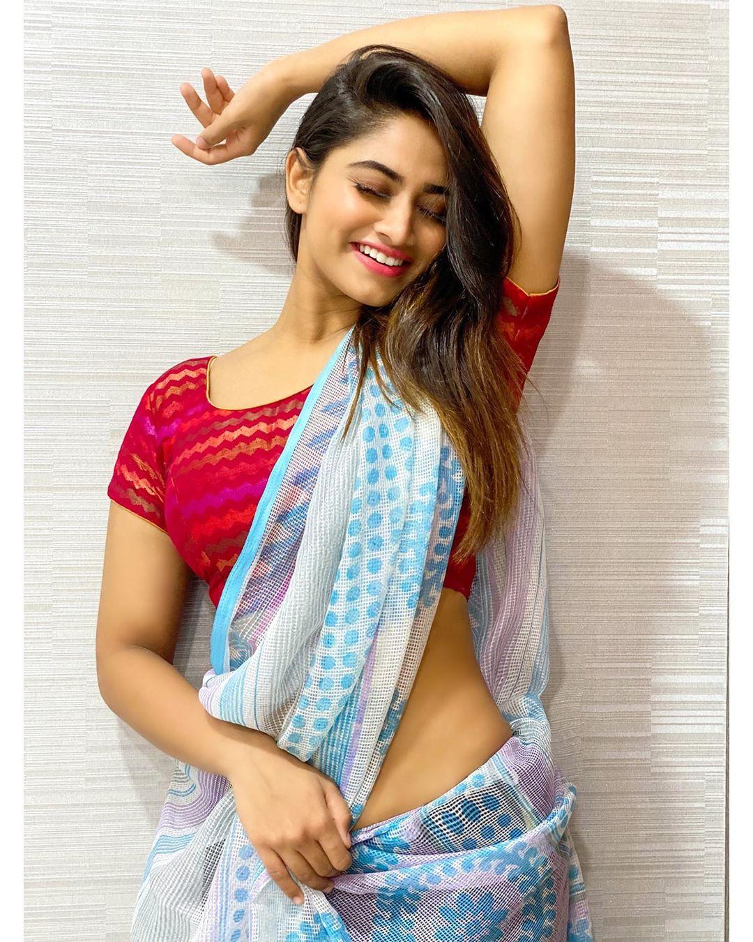 Shivani Narayanan Photos