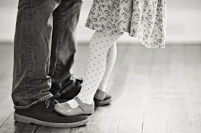 ayah dan anak gadisnya