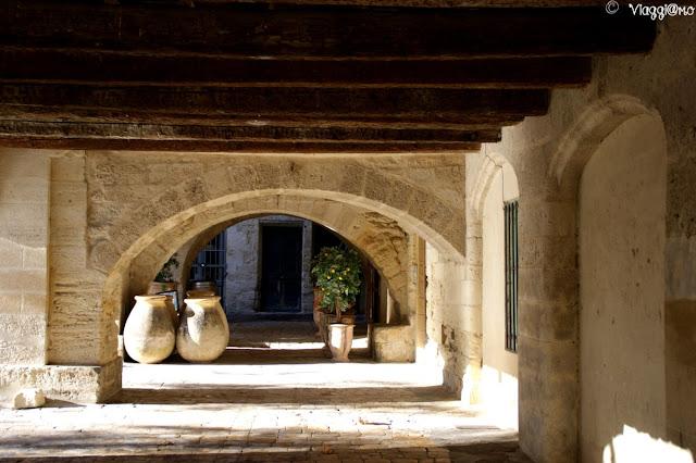 Portici del centro storico di Uzes