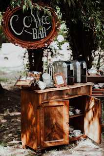 Bar à thé ou café pour mariage d'hiver blog mariage www.unjourmonprinceviendra26.com