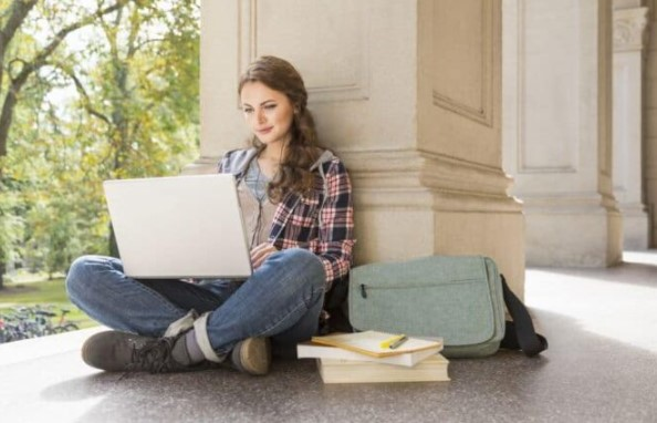 Rekomendasi Laptop Untuk Mahasiswa IT