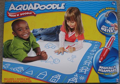 AquaDoodle Magic Water Pen