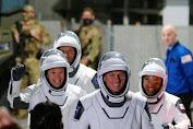 Empat Astronaut Tinggalkan ISS Menuju Bumi