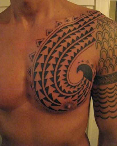 O Celtic de tatuagem para homens no peito, essa tatuagem são muito populares no mundo, você vai adorar este projeto