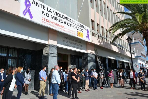 La Palma guarda un minuto de silencio con motivo del 25N