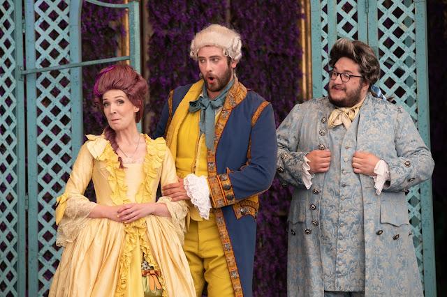 Mozart: Le nozze di Figaro - Hannah Bennett, Jolyon Loy, Alex Jones at dress rehearsal - Opera Holland Park (Photo Ali Wright)