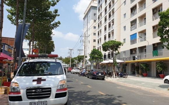 Phó Giám đốc công ty môi trường chết bốc mùi trong căn hộ ở chung cư