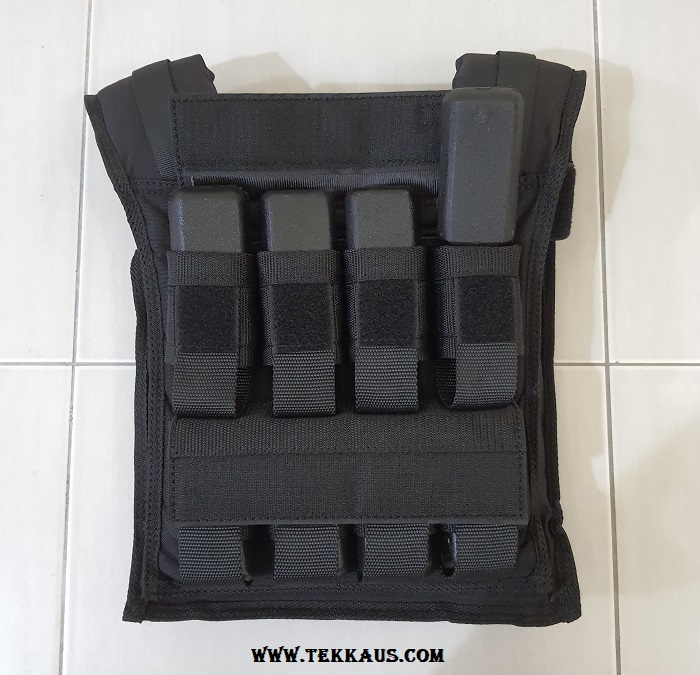 Easily remove or add iron nuggets to adjustable weighted vest