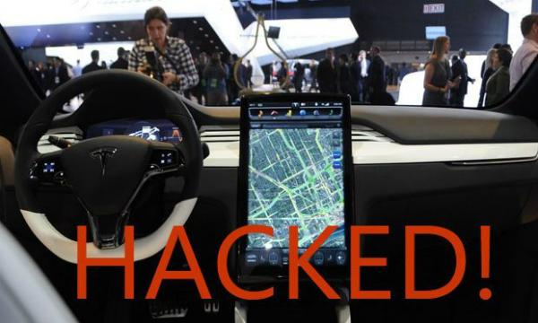 """بالفيديو: هاكرز ينجحون في قرصنة سيارة """"تيسلا"""" عن بعد"""