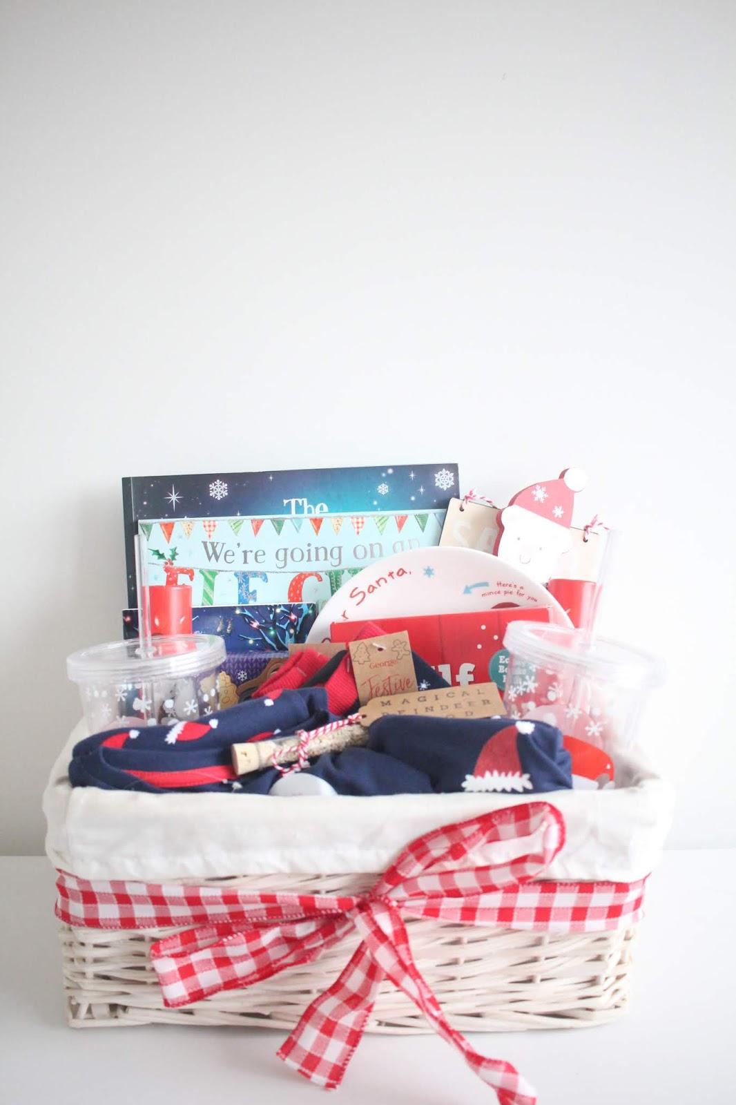 Is It Christmas.Christmas Eve Basket 2018 Oh So Amelia