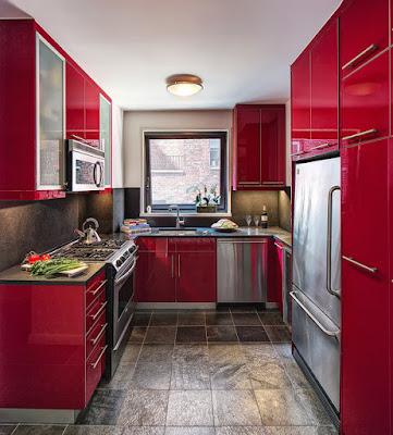 ห้องครัวพื้นที่แคบ ยาว สีแดง