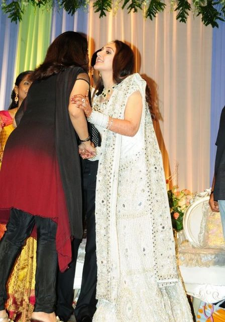 Wedding Pictures Wedding Photos Ramya Krishnan Wedding Photos