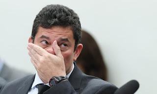 """Moro aponta crime de Bolsonaro: """"queria alguém na PF para passar informações sigilosas"""""""