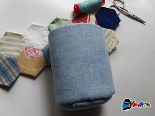 riciclo creativo ritagli di stoffa per creare portapenne fai da te in patchwork