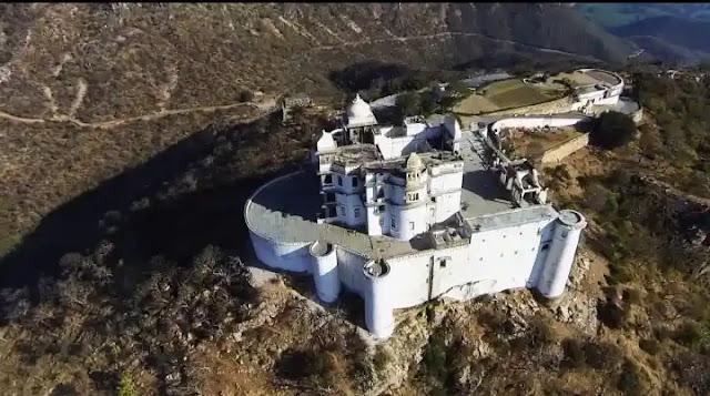 sajjangarh palace drone view udaipur