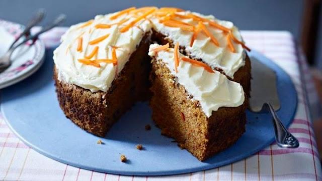 Πεντανόστιμο κέικ καρότου χωρίς ζάχαρη