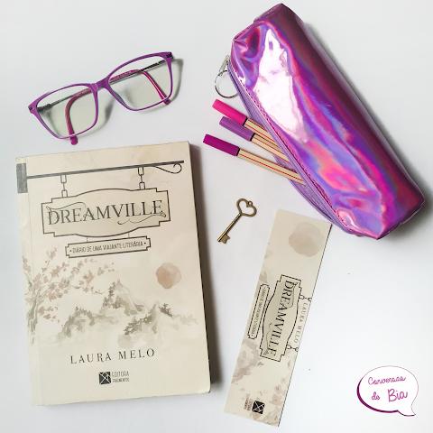 Livro - DREAMVILLE - DIÁRIO DE UMA VIAJANTE LITERÁRIA