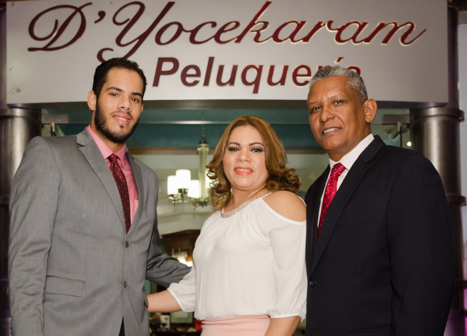 D yocekaram peluquer a reinaugura local en malecon center for Piso 9 malecon center