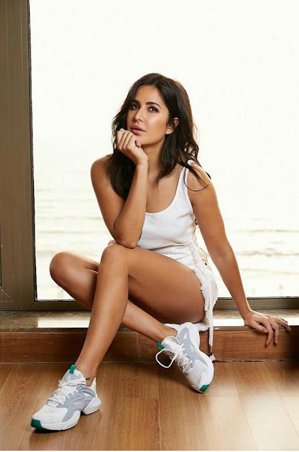 Katrina Kaif sexy toned legs + other HQ pics