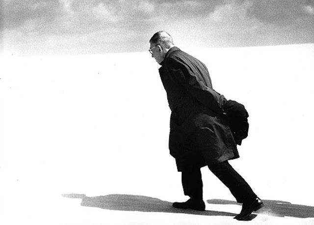 Hidup Autentik dalam Kompleksitas Sartre