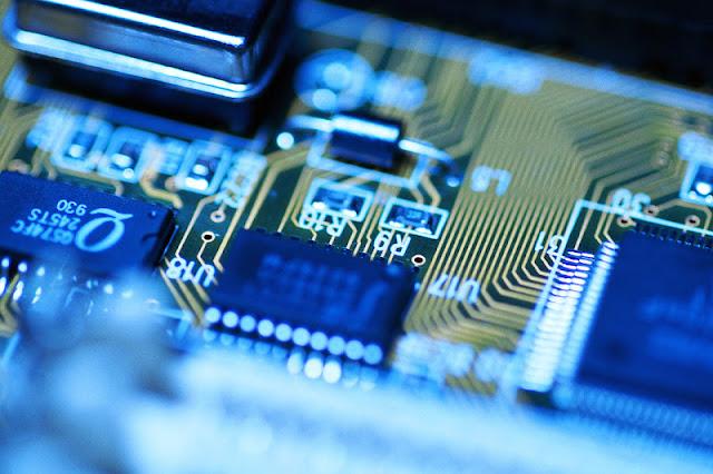 6 Teknologi Tercanggih yang Diterapkan Pada Komputer
