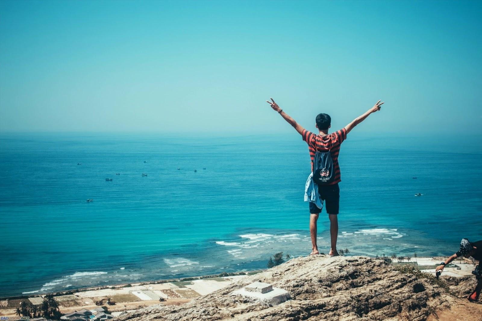 Đây là hình ảnh Phượt Đảo Lý Sơn tổng hợp lại gởi đến các bạn ngắm trai lạ và đẹp nhé. Cùng xem qua nào :D
