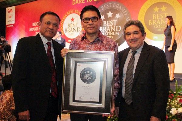 Toyota Meraih Penghargaan Sebagai Merek Kendaraan Terbaik Segmen MPV