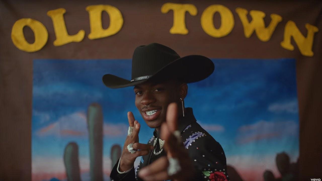 """Nesta semana, maior concorrência do rapper é a estreia de Post Malone; """"Old Town Road"""" já barrou lançamentos de Taylor Swift, Ed Sheeran, Justin Bieber e Billie Eilish."""