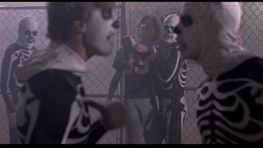 http://1.bp.blogspot.com/-2GA-404sUaE/VLnlqRXn0VI/AAAAAAAASS8/zeeQK8nUL5Q/s1600/The-Karate-Kid-skeleton-costumes.png