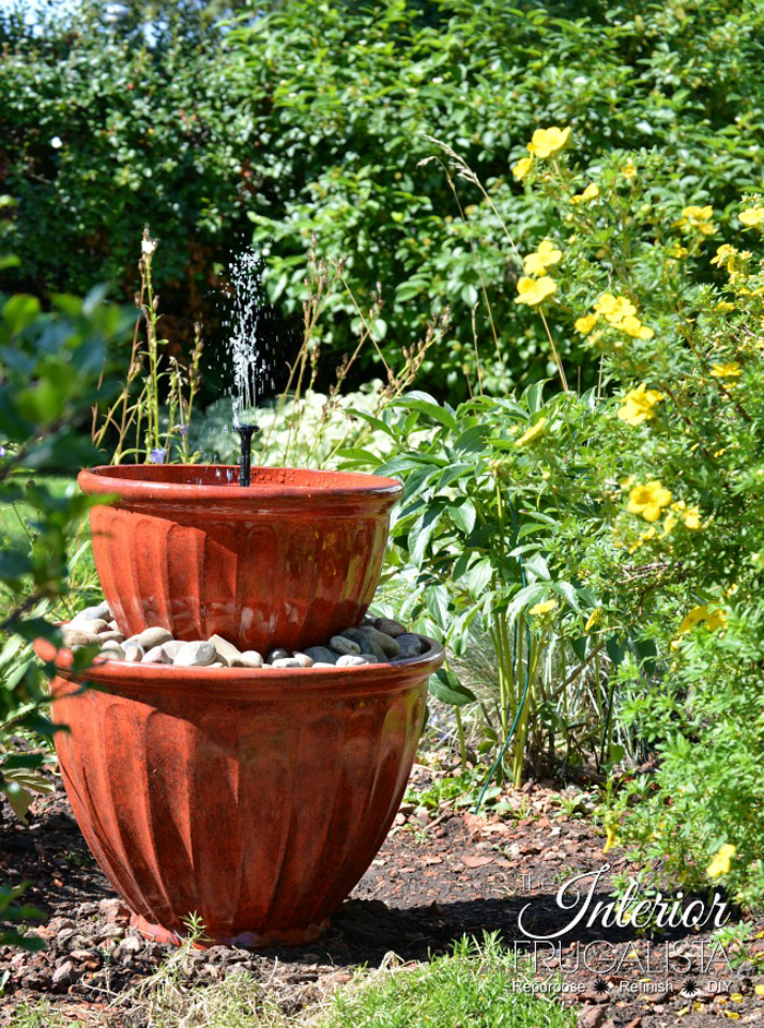 Solar Plant Pot