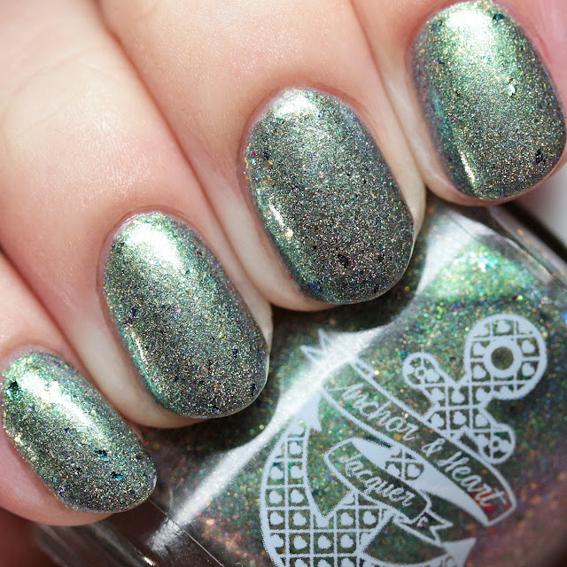 Anchor & Heart Lacquer Night Blooming Garden