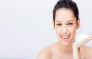 5 Tanda Kamu Salah Memilih Sabun Cuci Muka