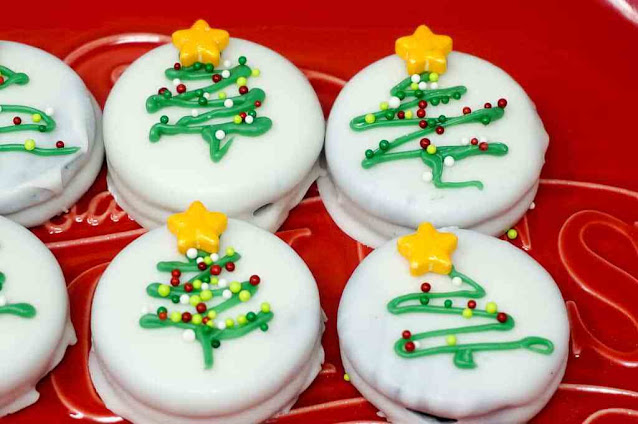 Christmas Tree Oreos